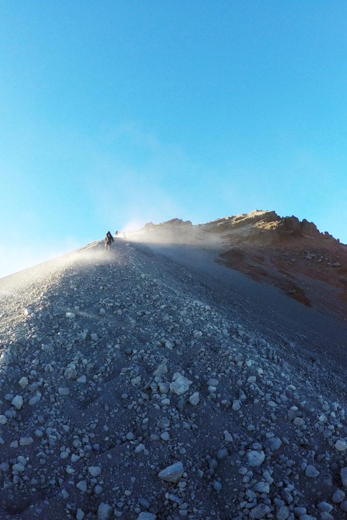 Trekking Mount Rinjani: A Breathtaking Experience